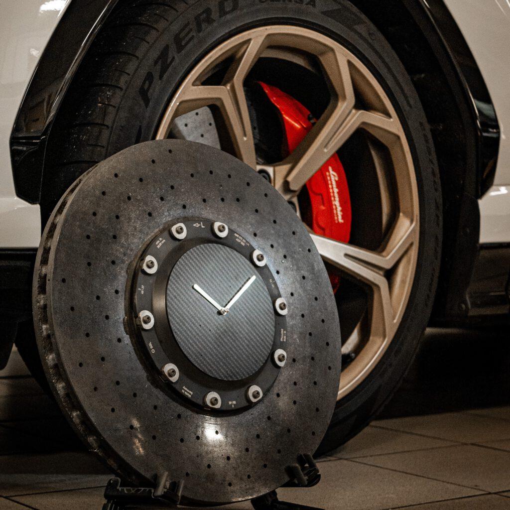 Lamborghini urus brake disc clock